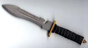 Например, такой функцией вполне обладали ножи в стиле боуи...