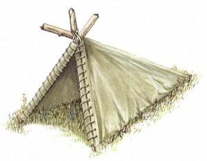 Шалаш, построенный с использованием трех жердей