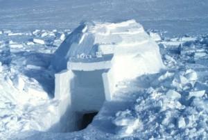 Снежная хижина иглу