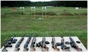 «Чем меньше потребитель ограничен в правах, тем больше он может приобрести оружия для обеспечения своей безопасности в рамках закона»
