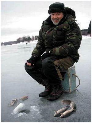 Первый лёд: идём ловить карасей!