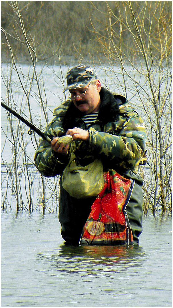 Рыбалка  в мутной воде