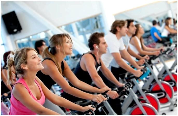 Советы по тренировкам Backpacker: полное руководство по упражнениям плюс примеры расписаний тренировок