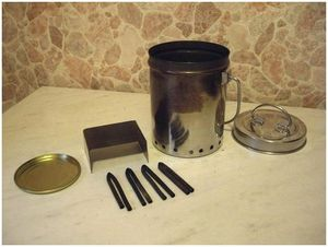 Горелка-самоделка на сухом горючем