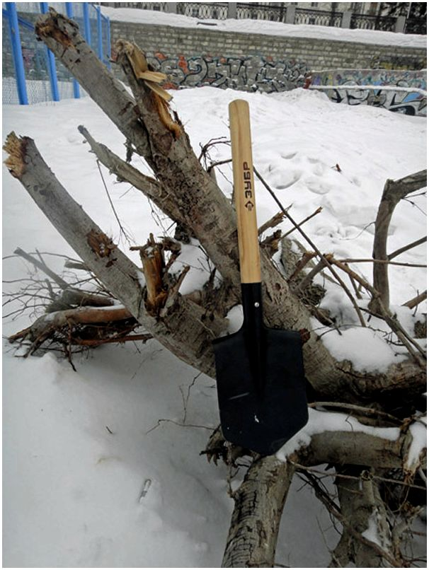 Краш-тест сапёрной лопатки «Зубр»