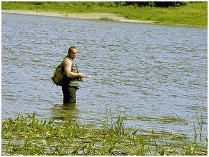 Летом на быстрой воде