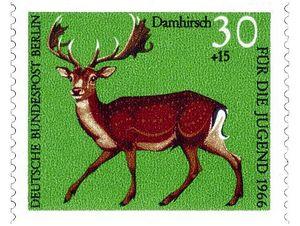 Олени на почтовых марках