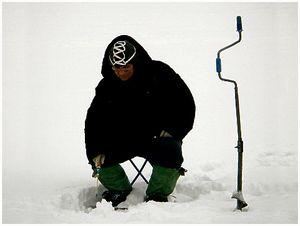 Зимняя рыбалка  и её последствия