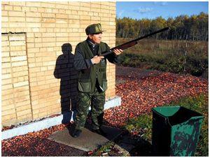 Отработка навыков  правильной  вскидки ружья