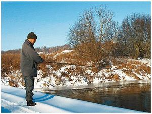 Спиннинг на зимней реке