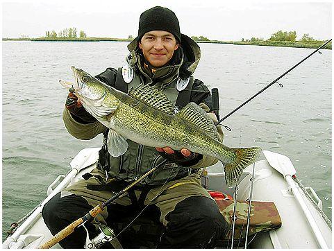 рыбалка на чебоксарском водохранилище с лодки