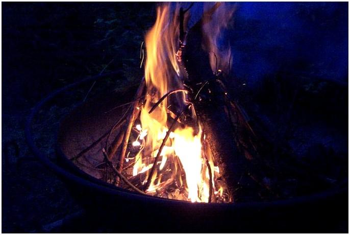 Как разжечь огонь: базовые знания, которые могут спасти вашу жизнь
