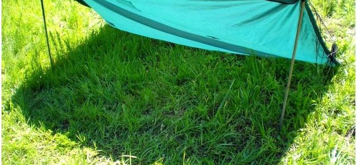 Спасательное покрывало, одеяло Rettungsdecke от LEINA-WERKE и Tatonka, обзор, сравнительные тесты на жару и холод, тест спасательных покрывал в качестве тентов для защиты от солнечных лучей.