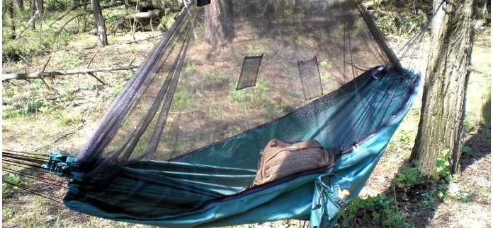 Гамак с антимоскитной сеткой Amazonas Moskito Traveller, описание, устройство, обзор, применение гамака в походах и путешествиях, достоинства и недостатки.