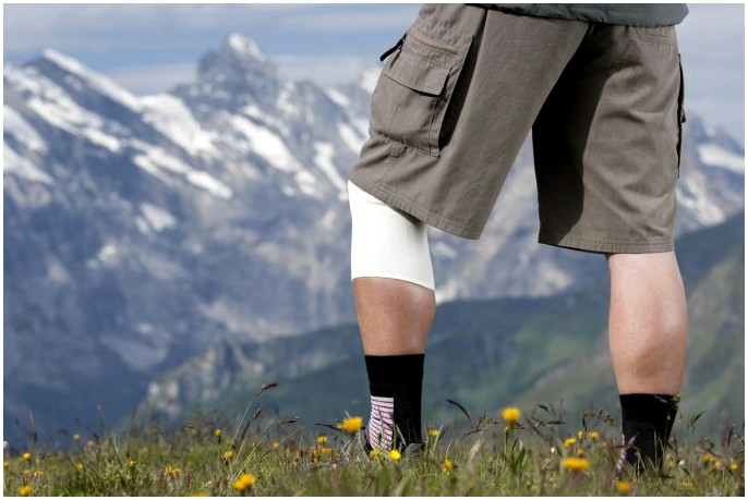 Лучший наколенник для ходьбы: поставьте правильную опору на лучшую ногу