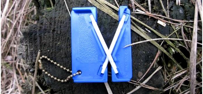 Необходимость заточки ножей в походе, компактные универсальные походные точилки Lansky Mini Crock Stick Sharpener и Lansky Universal Pocket Multi Sharpener для правки ножей и походных нужд.