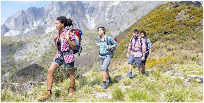 Что надеть для прогулок: одежда в зависимости от сезона