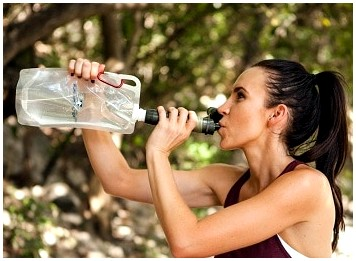 Лучшая складная бутылка для воды: компактная гидратация