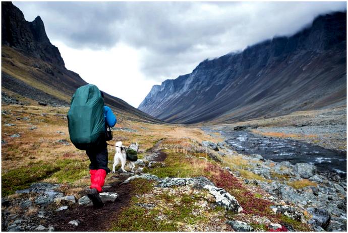 Backpacker под дождем: ничто не остановит вас