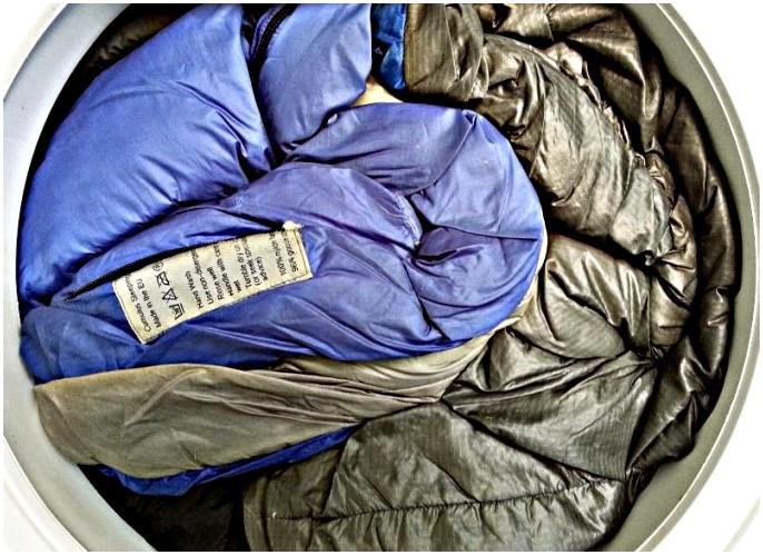 Как мыть спальный мешок: дольше храните свое снаряжение