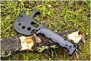 Survival Hatchet Multi-Tool: Швейцарский нож топорика