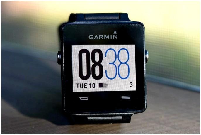Лучшие часы с шагомером: стильно отслеживайте свои успехи