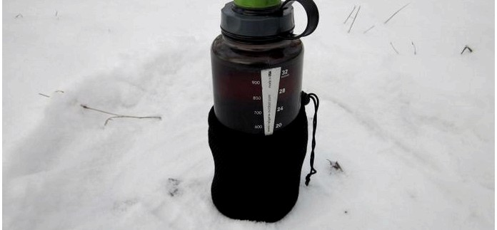 Дополнения в походный набор посуды из бутылки Nalgene, кружки Primus TiTech и ложки Ferrino Titanium Spoon, бутылка CamelBak All Clear, обзор.