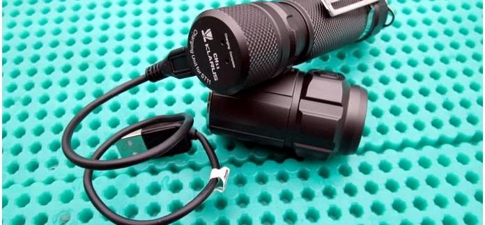 Портативное зарядное устройство Klarus CH11 для аккумуляторов Li-ion 18650 тактического фонаря Klarus ST11.
