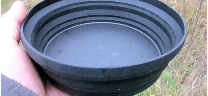 Складная тарелка XL-Bowl из эластичного жаропрочного пищевого силикона от компании Sea To Summit, обзор.