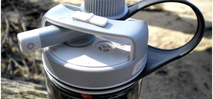 Бутылка Nalgene MultiDrink для воды, устройство, обзор и впечатления от использования в городе и на природе.