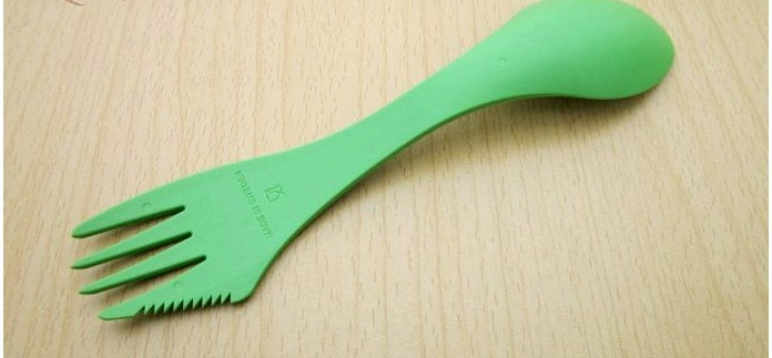 Комбинированная ложка Light My Fire Spork Original с вилкой и ножом, чехол Sporks 8217;n Case, сравнение с гибридной ложкой Wildo Spork и ложковилкой Fire-Maple FMT-831, обзор.