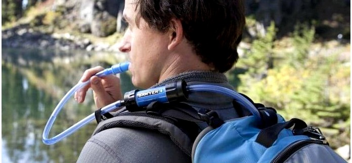 Обзор компактного походного фильтра Sawyer Mini Water Filter для очистки воды в полевых условиях, устройство, характеристики, применение, очистка.