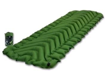 Лучший спальный коврик для тех, кто спит на боку: чтобы вы чувствовали себя комфортно в дороге