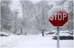 Как подготовиться к зимнему шторму: полезные советы и информация для сложной ситуации