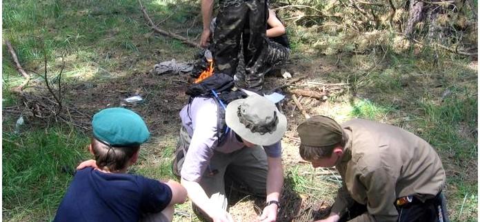 Занятия со школьниками - что делать если заблудились в лесу, порядок поведения и действий.