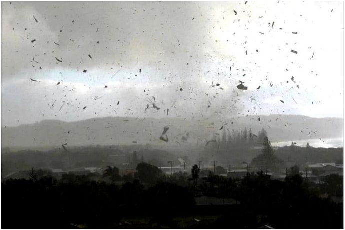 Сигналы торнадо: что нужно знать об этой неизбежной опасности