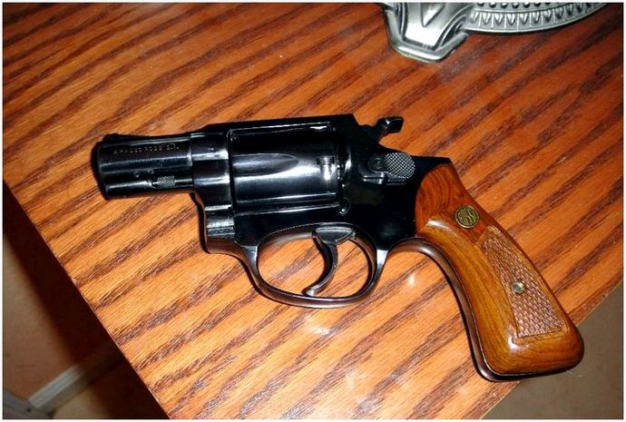 10 основных пистолетов: руководство для пистолетных вентиляторов