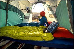 Лучшая походная подушка: лучшие товары для поддержки и комфорта
