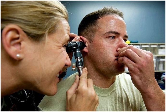 Как вода берется из уха: 9 детальных методов?