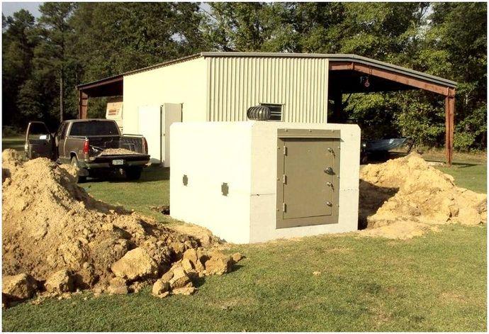 Безопасная комната для торнадо: как построить свой собственный или выбрать сборный