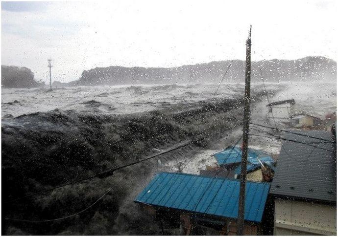 Что делать при цунами: как выжить во время стихийного бедствия
