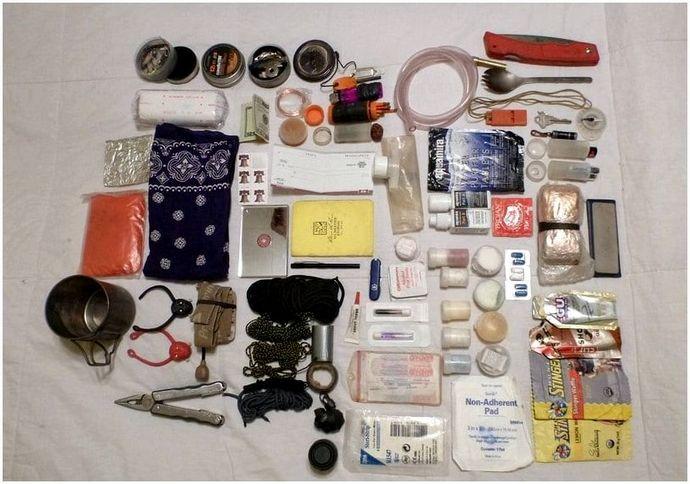 Идеи 72-часового комплекта: список важных предметов, которые могут спасти вашу жизнь