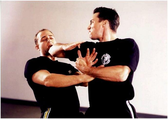Методы самозащиты: основные понятия, которые должен знать каждый