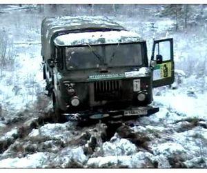 Якутские охотники потеряли машину, но сохранили жизнь