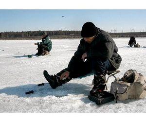 Рыбаки Новосибирска опробовали первый лёд