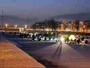 Ночная ловля корюшки в Лиепае (фото)