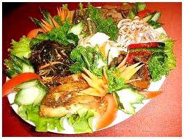 Салат из карася с луком