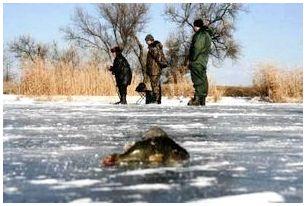 Рыбалка зимой со льда